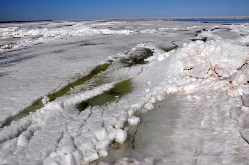 Estonija - ledeno jezero, ki meji na Rusijo 2