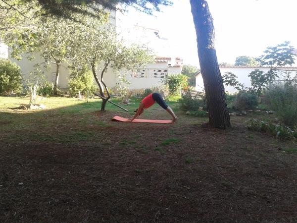 Reportaža Barbariga - joga v parku