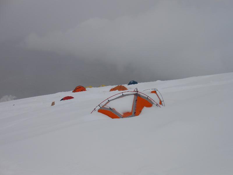 tabor na višini 6000m
