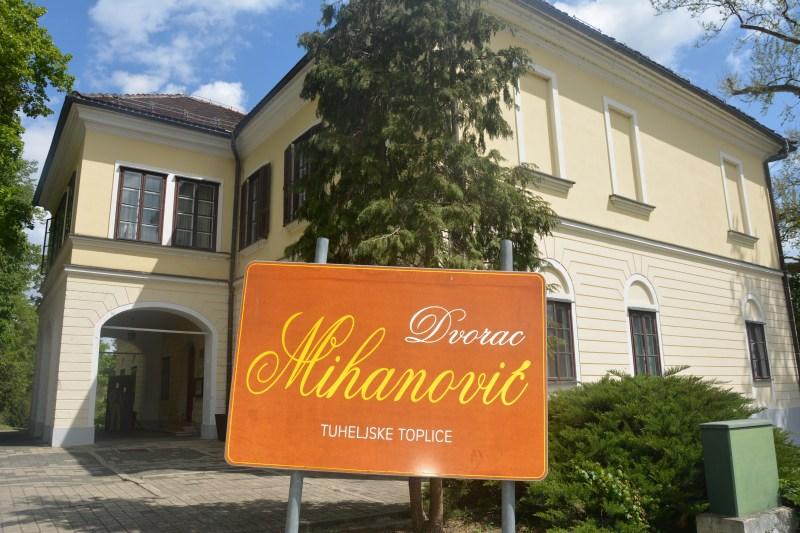 Dvorec Mihanović