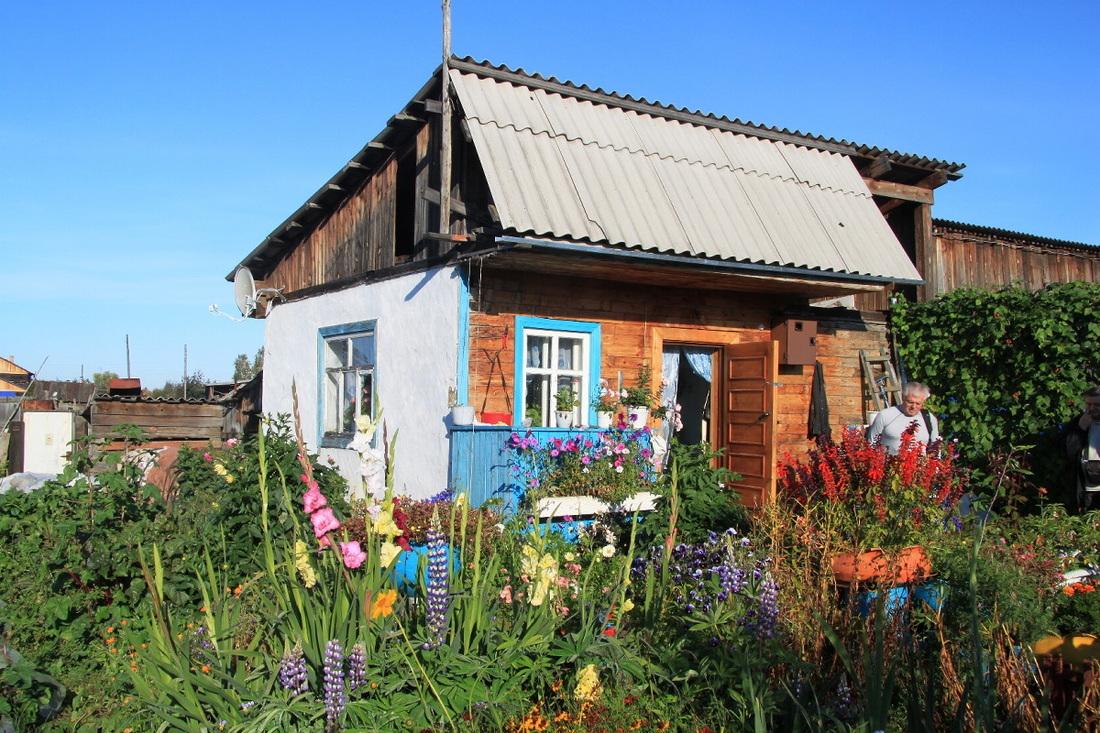 Pisana hiška v Birjusi.